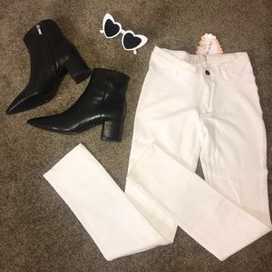 NWT White stretchy cotton skinny jeans size small